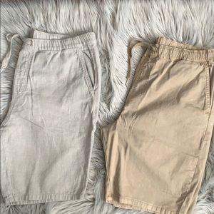 2 pair of Bullhead shorts. Size large